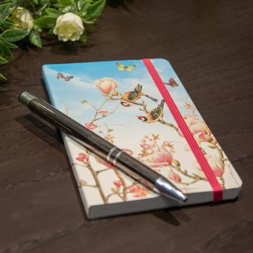 Anteckningsbok A6 med mjuk pärm, Magnolia av Janneke Brinkman