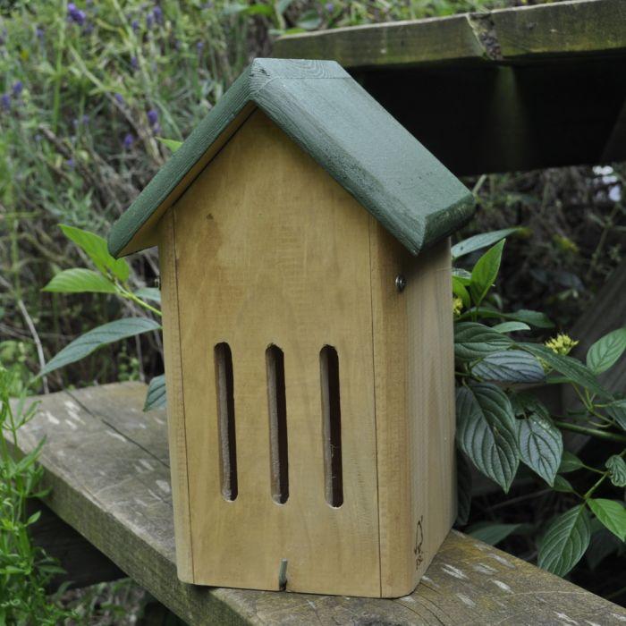 Övervintringsbox för fjärilar & insekter