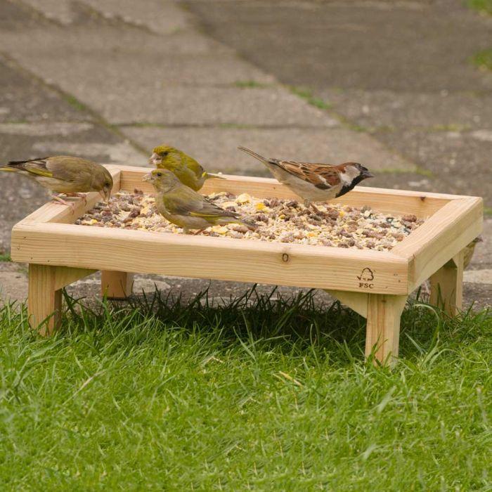 Stående fågelbord